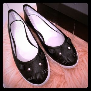 Marc Jacobs cat flats black white leather 8.5/9